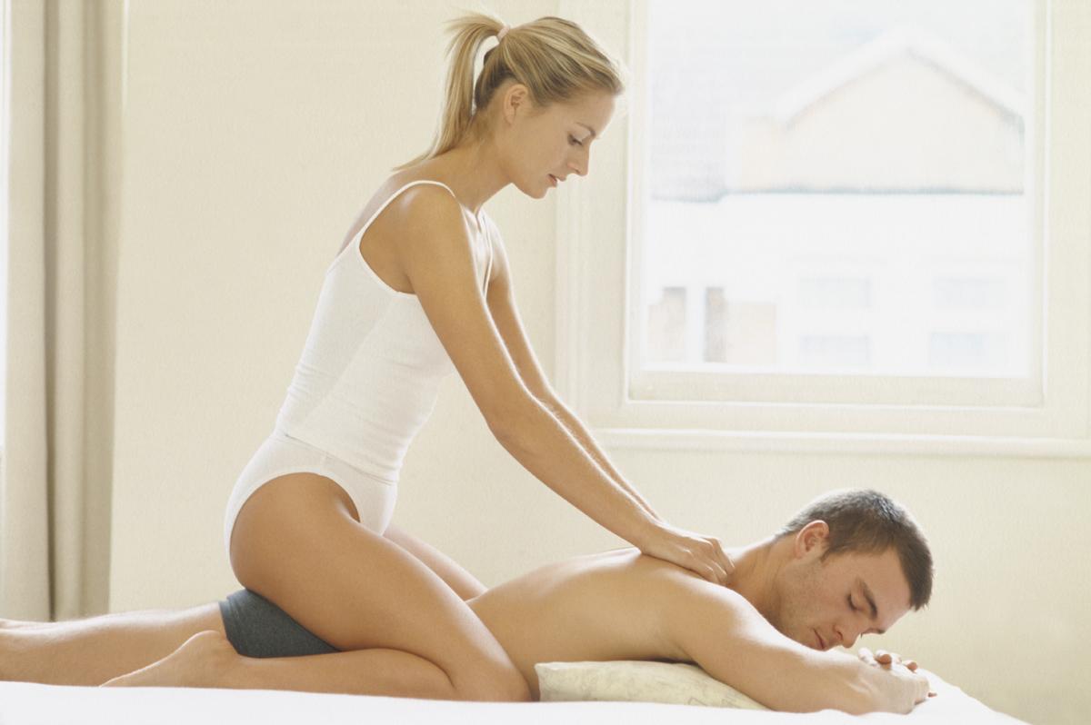 pensieri sessuali massaggio erotico con olio