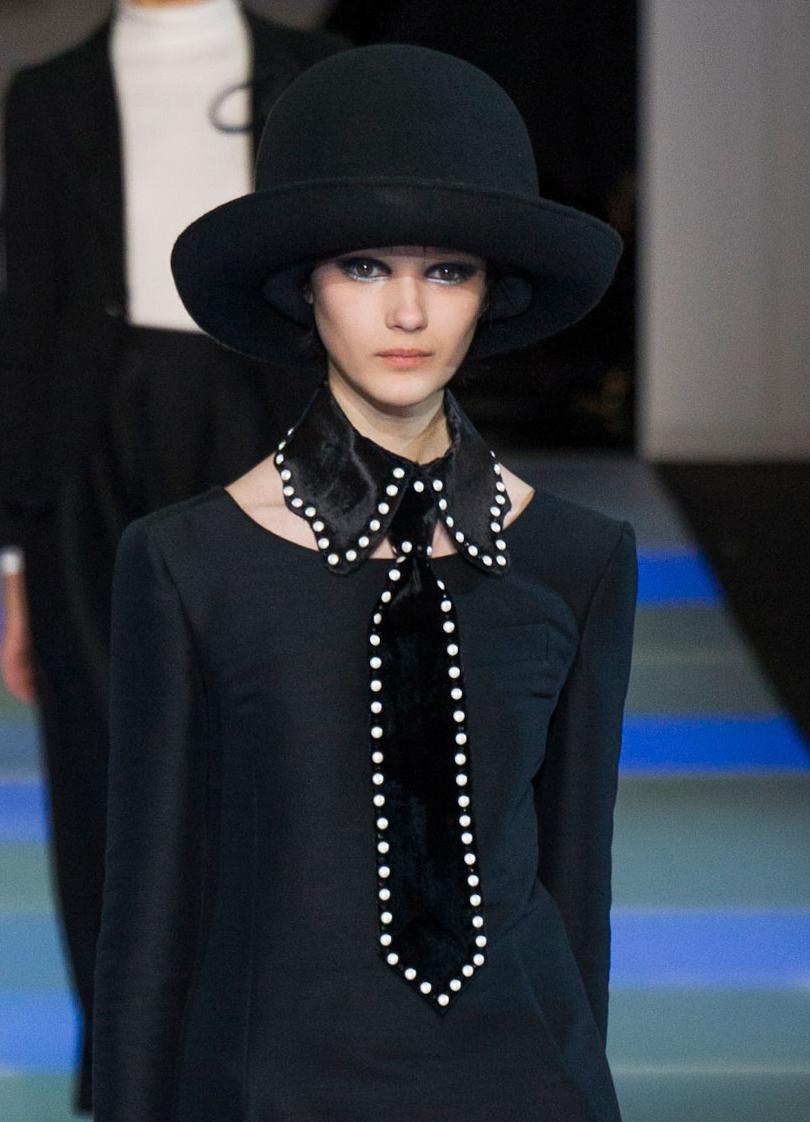Maxi collane foulard e colletti lo stile si porta al collo - Si porta al collo ...