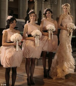 Il primo megamatrimonio diBlair è stato con un principe- nessuna sorpresa quindidavanti agli abiti delle damigellein Vera Wang. Da paura.