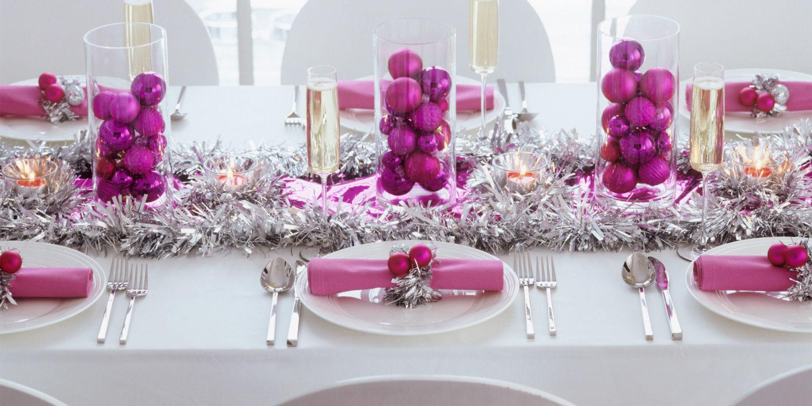 Sai gi come apparecchiare la tavola di natale 28 idee - Fermatovaglia per tavoli di plastica ...