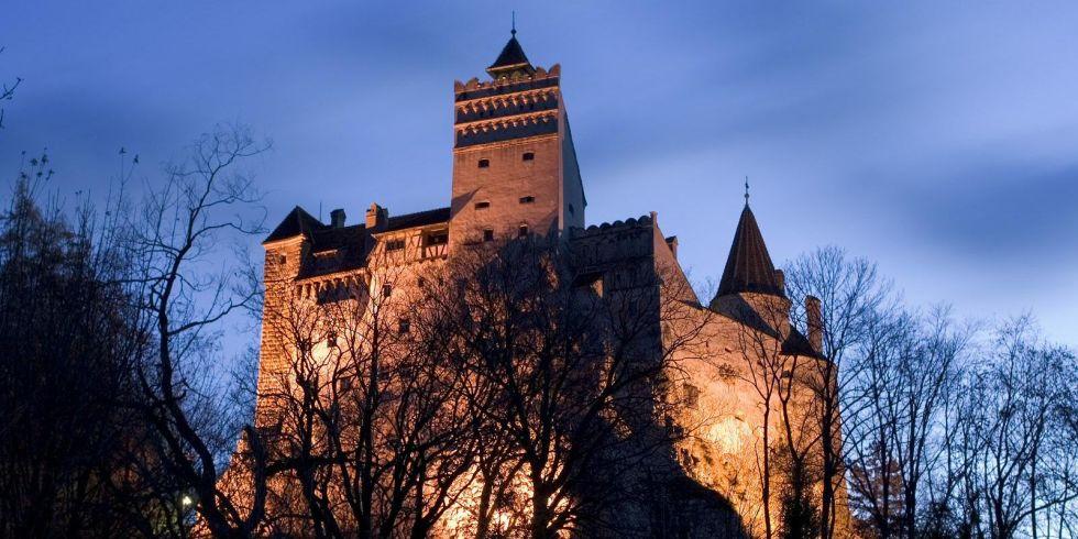 Adesso in vendita il castello del conte dracula libri for Libri ultime uscite