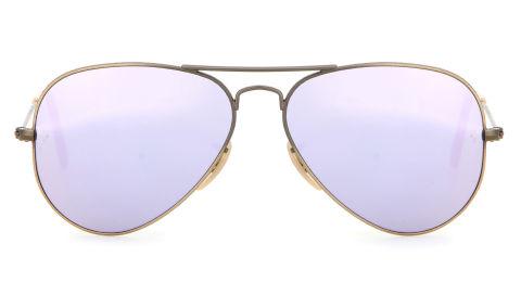 Gli occhiali a specchio ti trasformano in una vera diva - Lenti a specchio ray ban ...