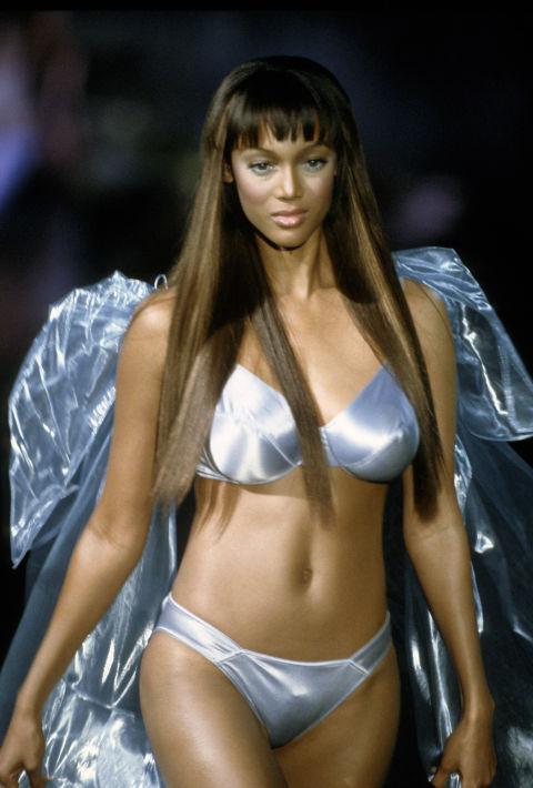 16 acconciature senza onde degli angeli di Victoria's Secret
