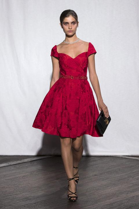 Vestiti anni 50 milano fp63 regardsdefemmes for Accessori moda anni 50