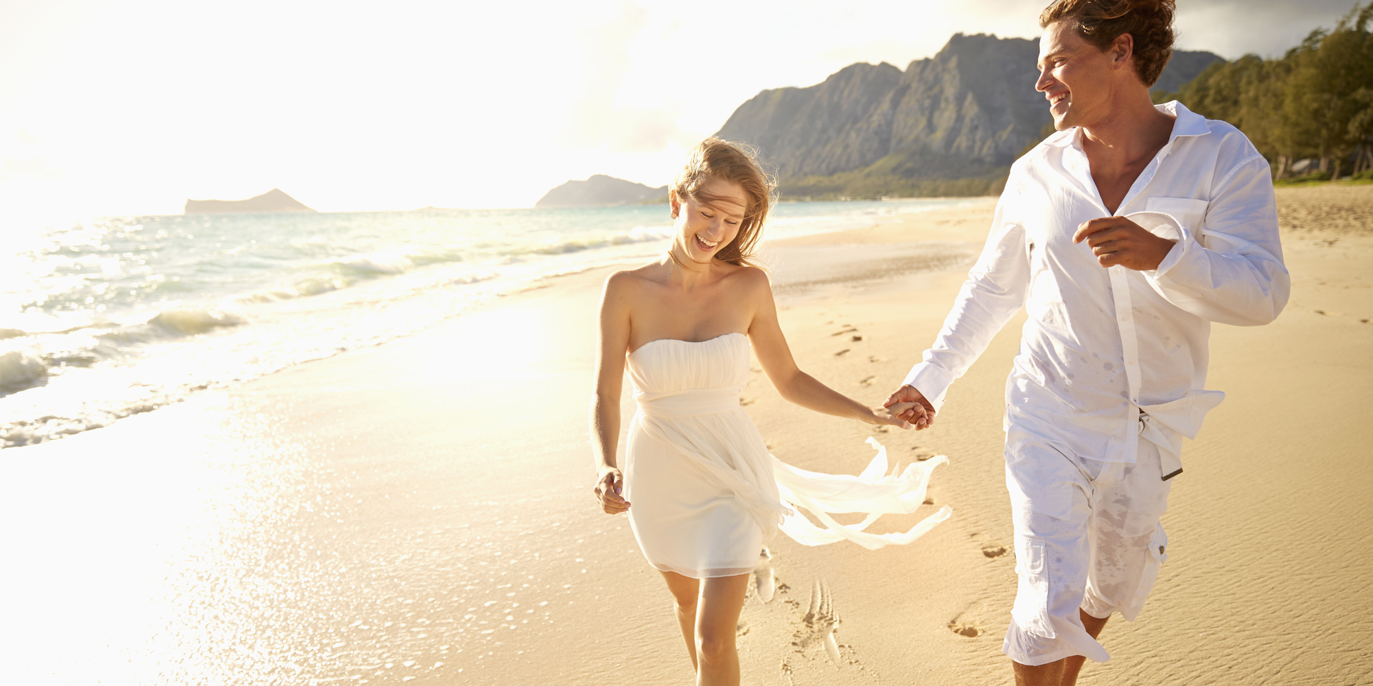Matrimonio In Spiaggia Abiti : Matrimonio in spiaggia abiti da sposa per celebrare
