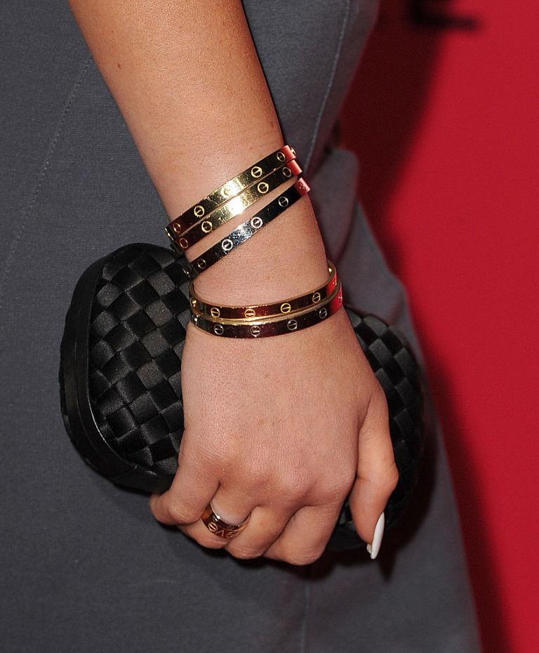 metà fuori 01a48 61704 10 cose che non sai sull'ICONICO bracciale Love di Cartier